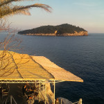 Buza, the bar on the rocks
